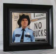 "A286JB JAMES BEST - ""THE DUKES OF HAZZARD"" SIGNED"